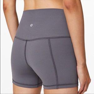 """Lululemon Align 4"""" Shorts Size 8"""